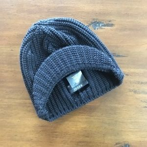 GUCCI Beanie Hat with Bill